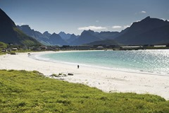 Ramberg Beach Credit CH Visit Norway