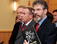 Gerry Adams launches Sinn Féin's manifesto, 29 April 2005.
