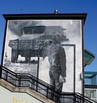 armoured-car-mural