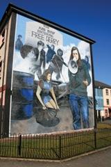 women-mural